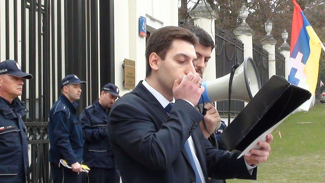 Wiec AUA przed ambasadami USA, Rosji i Francji w związku z wojną kwietniową
